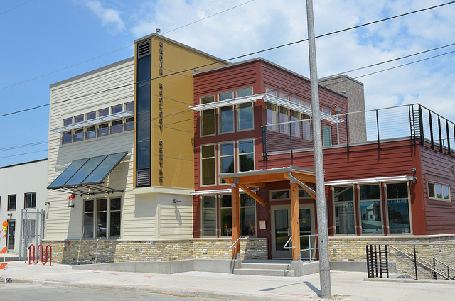 Neighbors eager for new ecology center to open | Milwaukee ...