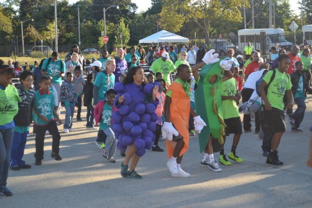 Residents of Milwaukee's diverse neighborhoods walk for fitness. (Photo by Tom Momberg)
