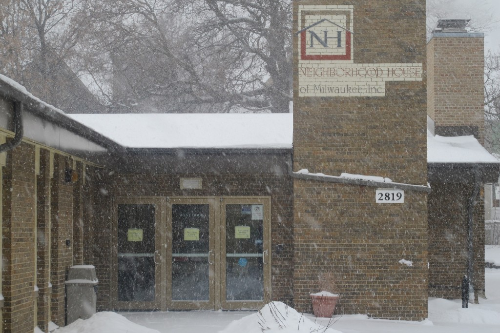 Neighborhood House of Milwaukee, 2819 W. Richardson Place, extended its hours because of weather-related school closings. (Photo by Edgar Mendez)